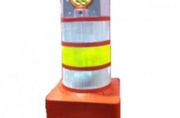C-6110S – Canalizador de tráfego com Sinalizador